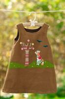 way-cool-kid-giraffe-and-apple-tree-dress