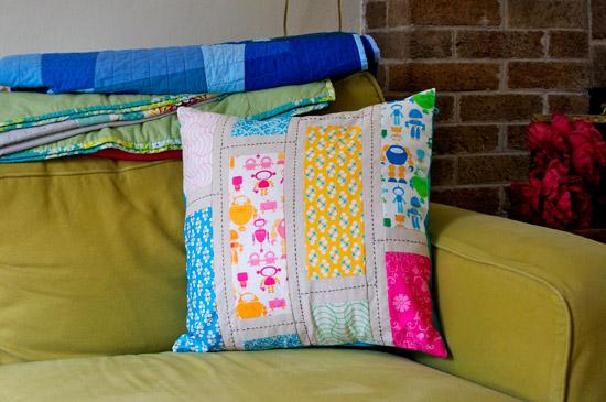 thomas-knauer-sews-pillows-2