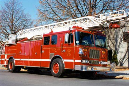 thomas-knauer-sews-firetruck
