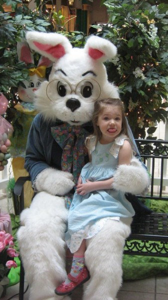 thomas-knauer-sews-easter-bunny