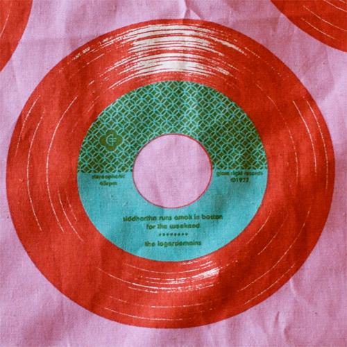 thomas-knauer-sews-vinyl-2