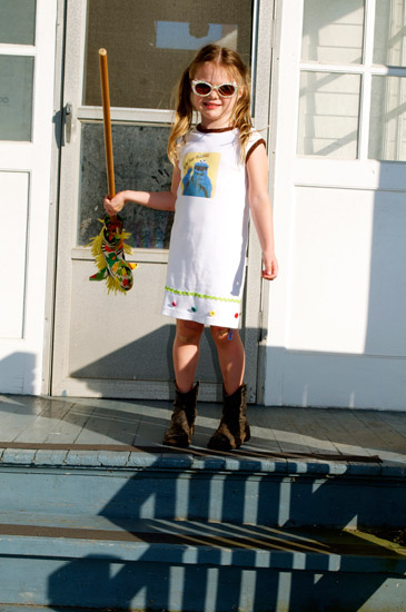 thomas-knauer-sews-punk-rock-girl