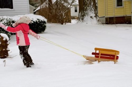 thomas-knauer-sews-snow-1